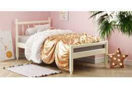 Кровать-10 с фигурными спинками из массива