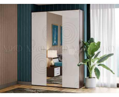 Шкаф 3-х дверный Ника